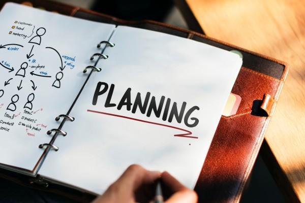 積立NISAの始め方は?口座開設の方法やおすすめの証券会社について解説