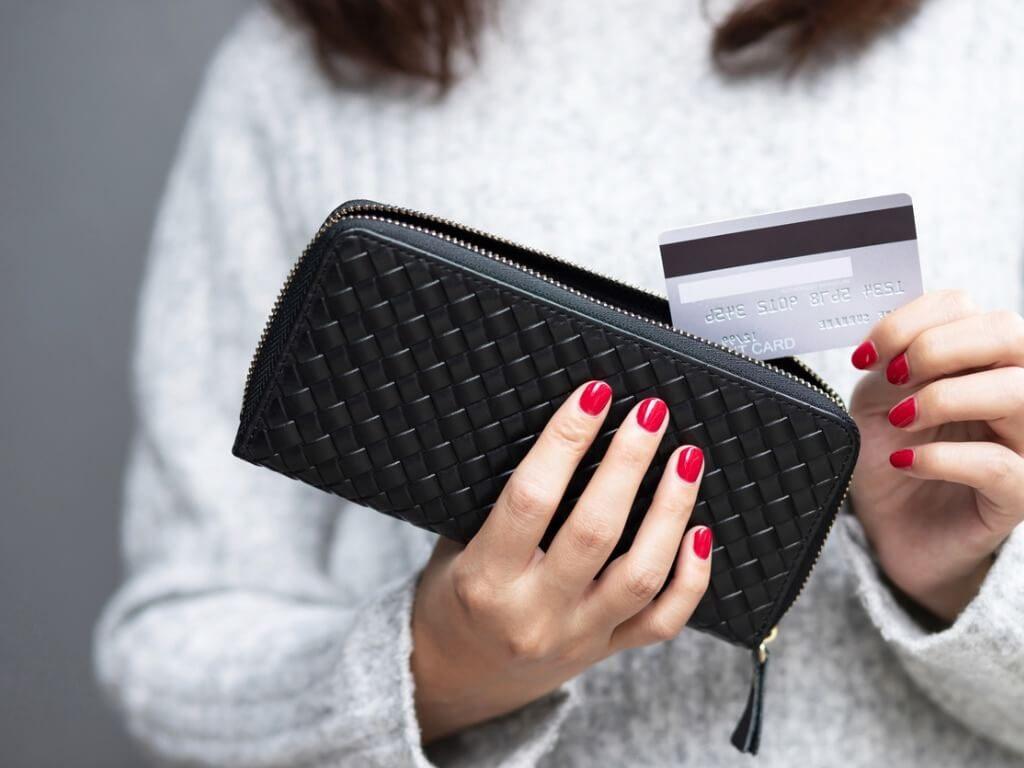 クレジットカードやキャッシュカード、一体型カードの取り扱う際の注意点