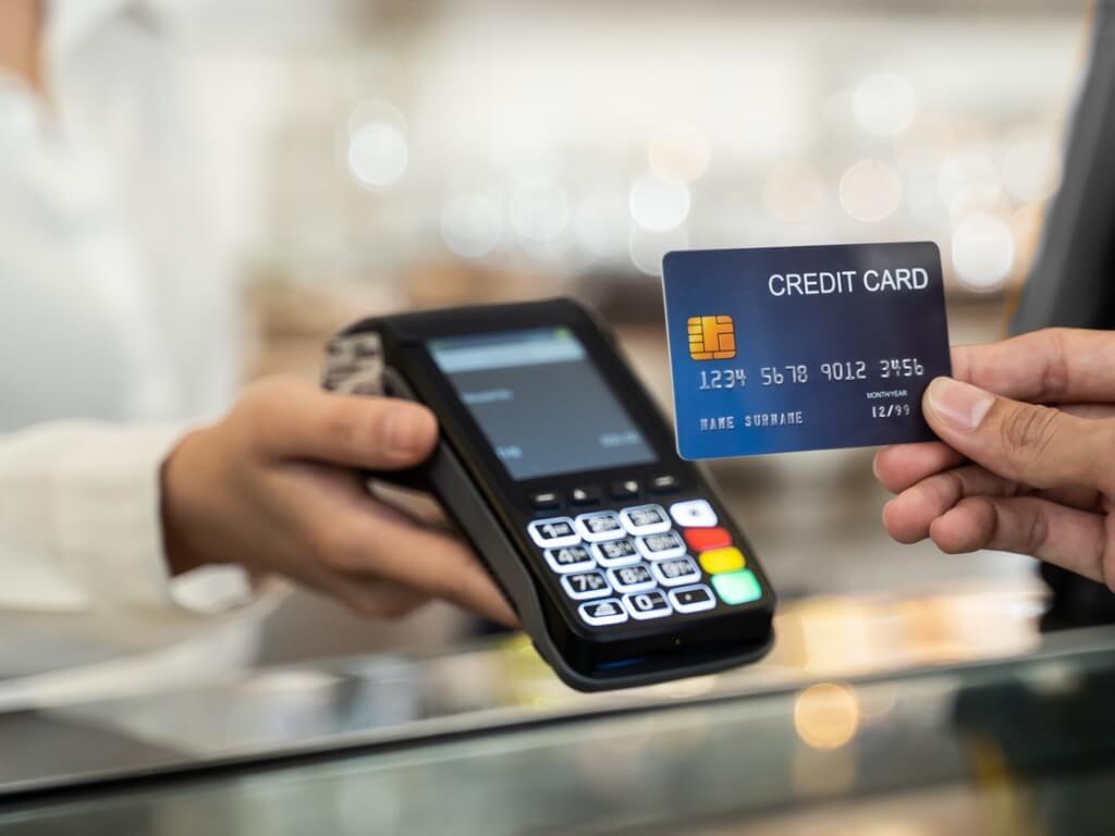クレジットカードのランクが上がるメリット